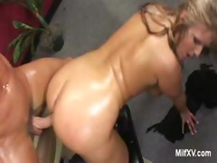Sexy Ass MILF Daryn Gets Pounded