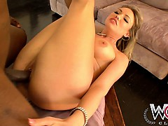 This sexy slut cant get enough cock and gets herpussy